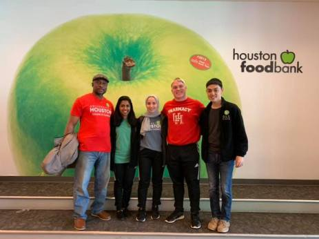 Couldn't be more proud of our Phi Delta Chi Brothers and Candidates for giving up their Sunday Morning to give back to the community by volunteering at the Houston Food Bank. We helped fill up 40 pallets of food which is equivalent to 4,000 meals! #AAAE #HoustonFoodBank #HFB #helpie